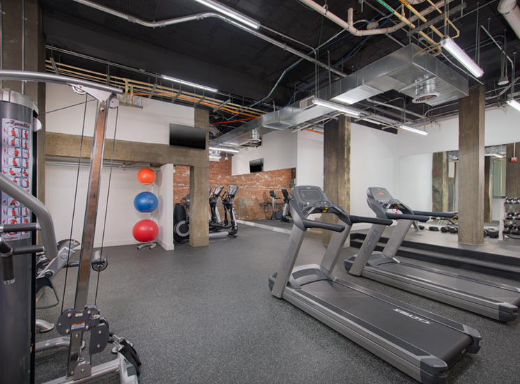 The Metropolitan Apartments Fitness Center
