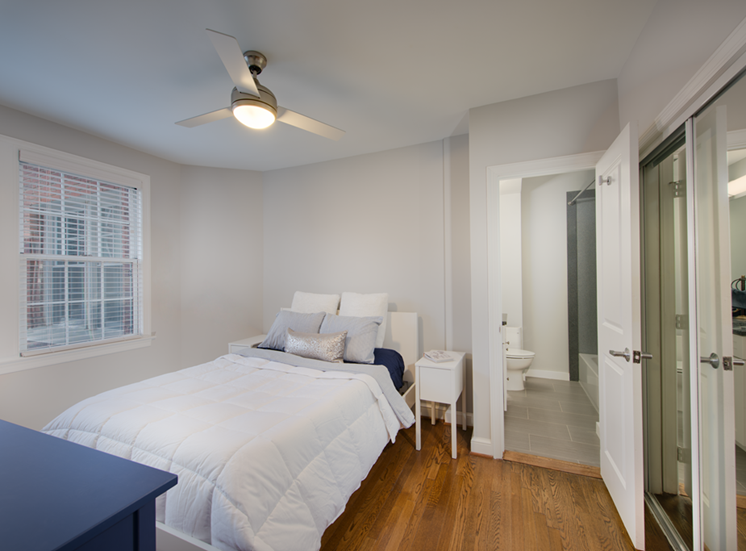 The Metropolitan Apartments Bedroom