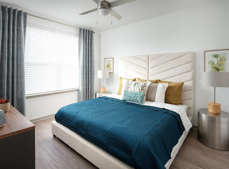Carpet In Bedroom at Lake Monroe Apartments, Florida, 32771