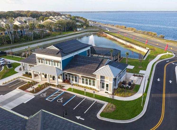 Exterior View Of Property at Lake Monroe Apartments, Florida, 32771