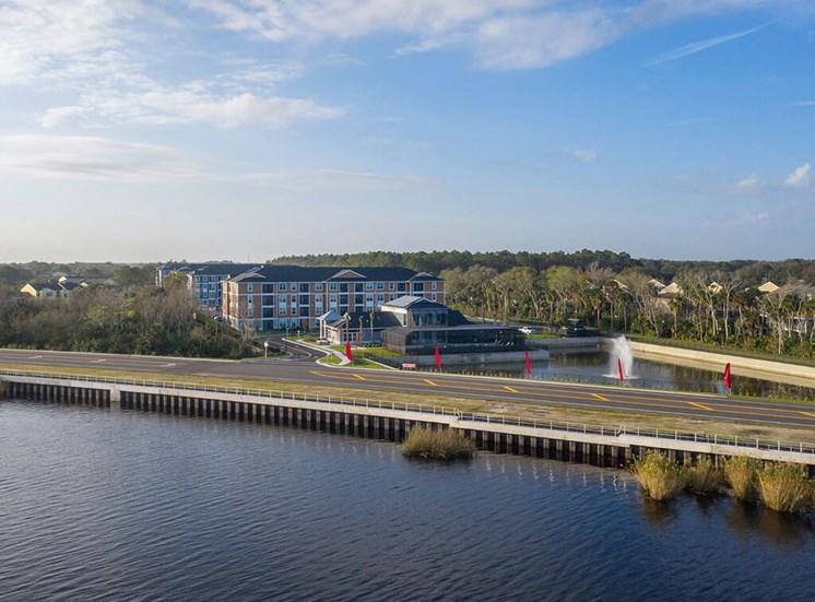Property View with Lake at Lake Monroe Apartments, Florida, 32771