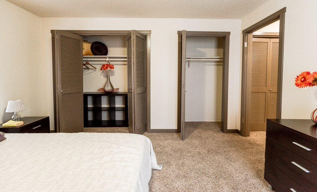 Auburn Apartments - Neely Station Apartments - Bedroom 2