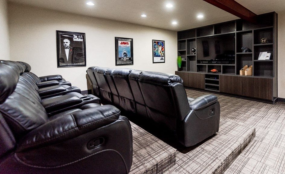 Auburn Apartments - Neely Station Apartments - Screening Room