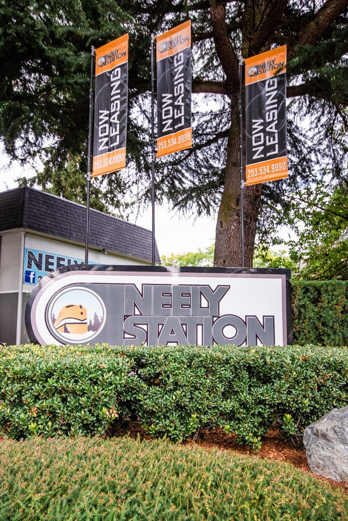 Auburn Apartments - Neely Station Apartments - Sign
