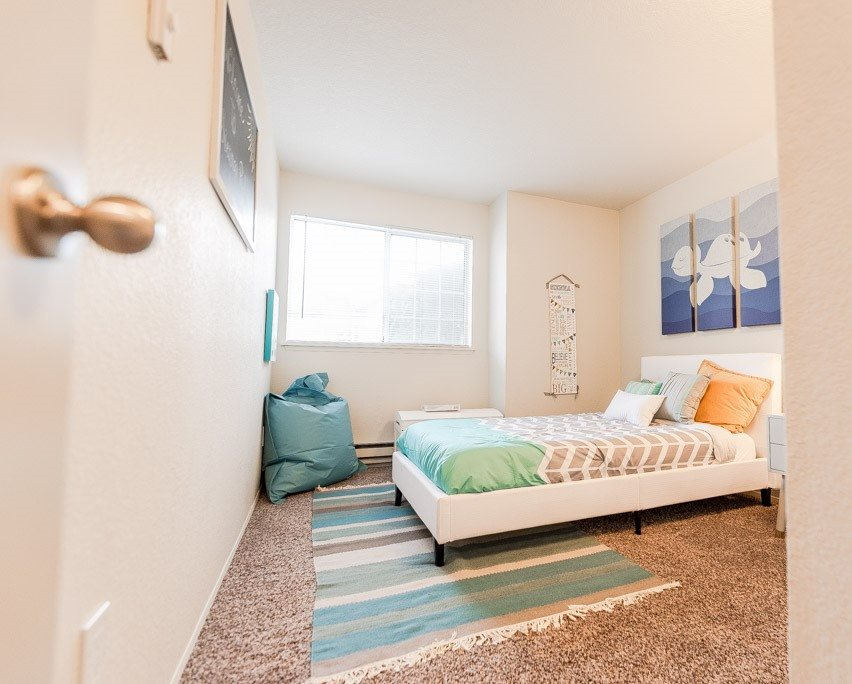 Tacoma Apartments - Sienna Park Apartments - Bedroom 1