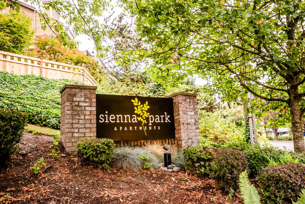 Tacoma Apartments - Sienna Park Apartments - Sign