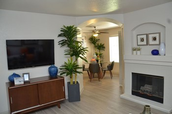 6500 Vegas Drive 1-2 Beds Apartment for Rent Photo Gallery 1