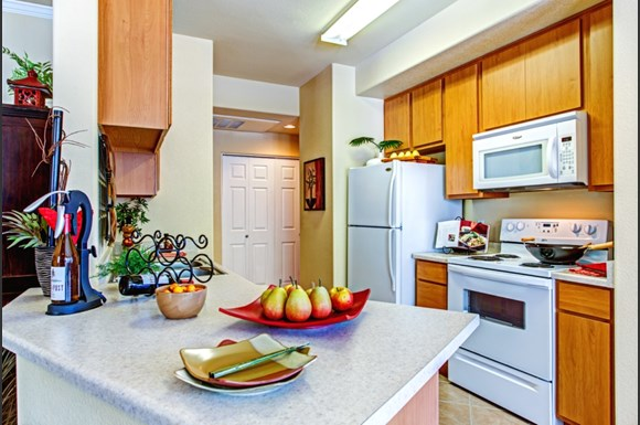 Courtney Vista Apartments 7455 N 95th Avenue Glendale Az Rentcaf