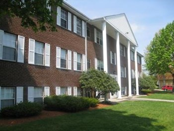 2-20 Claudette Dr 1-2 Beds Apartment for Rent Photo Gallery 1