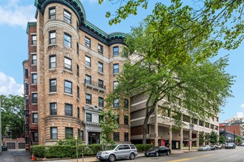1039 Massachusetts Ave. Studio-3 Beds Apartment for Rent Photo Gallery 1