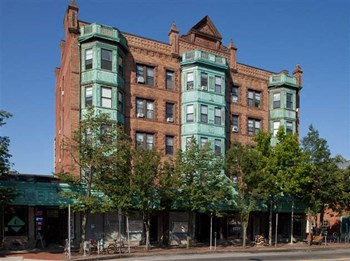 434 Massachusetts Ave. 2-4 Beds Apartment for Rent Photo Gallery 1