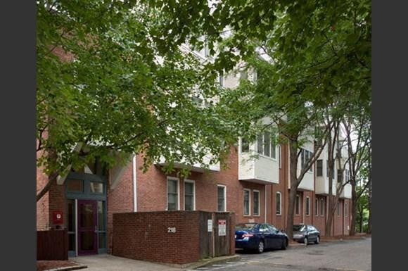 Thorndike Street Apartments