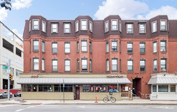 784 Main St. 1-2 Beds Apartment for Rent Photo Gallery 1