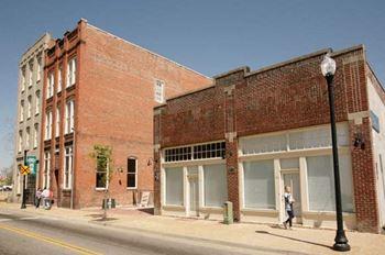 326 E. Washington St. Studio Apartment for Rent Photo Gallery 1