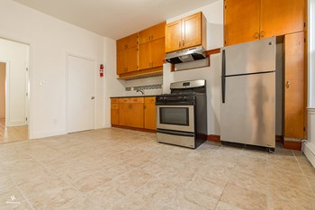 412 2nd Street 1 Bed House for Rent Photo Gallery 1