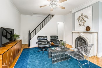 318.5 7th Street 2 Beds House for Rent Photo Gallery 1