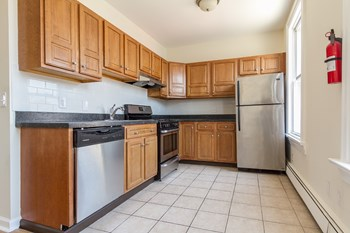 69 Chestnut Avenue 1 Bed Apartment for Rent Photo Gallery 1