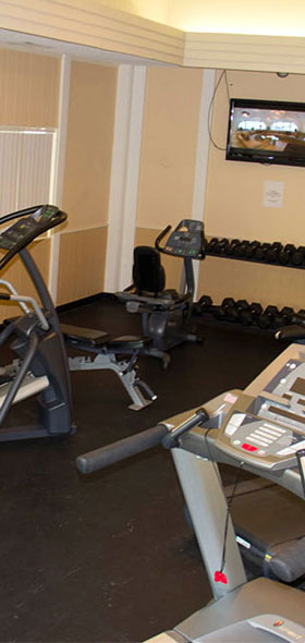 Fitness Center at apartments in Saginaw