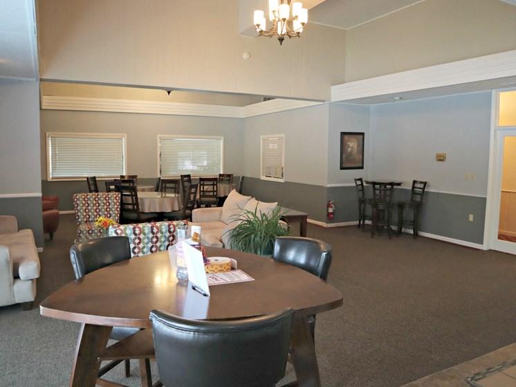 Apartments in Saginaw, MI Club2