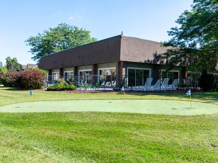 Apartments in Saginaw, MI Golf