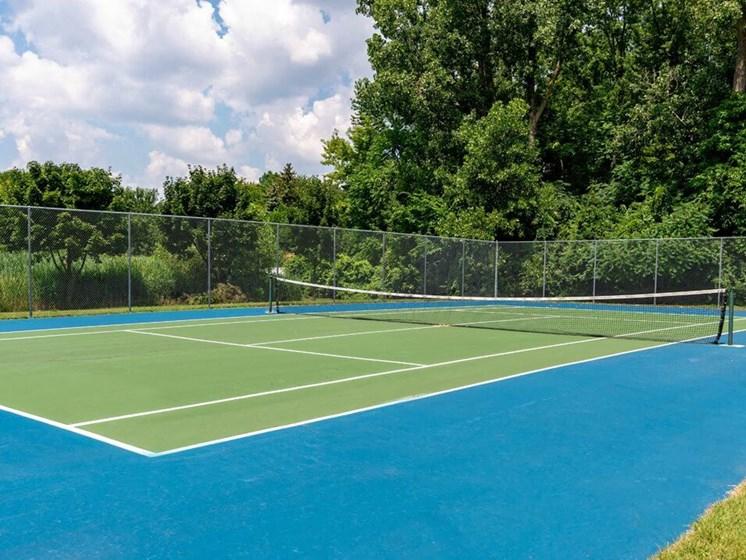 tennis court at Chelsea Park Apartments