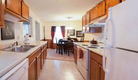 Kitchen of Crown Pointe Apartments in Holland