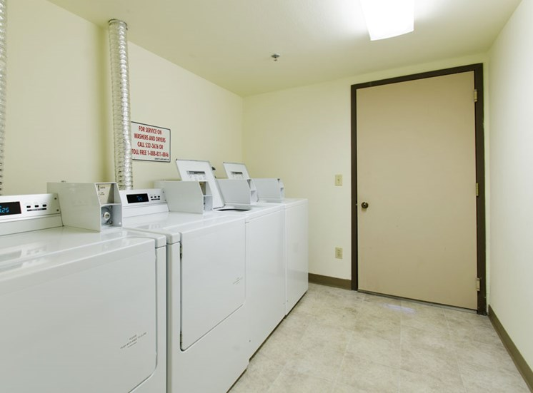 Apartment Laundry Facility Holland MI