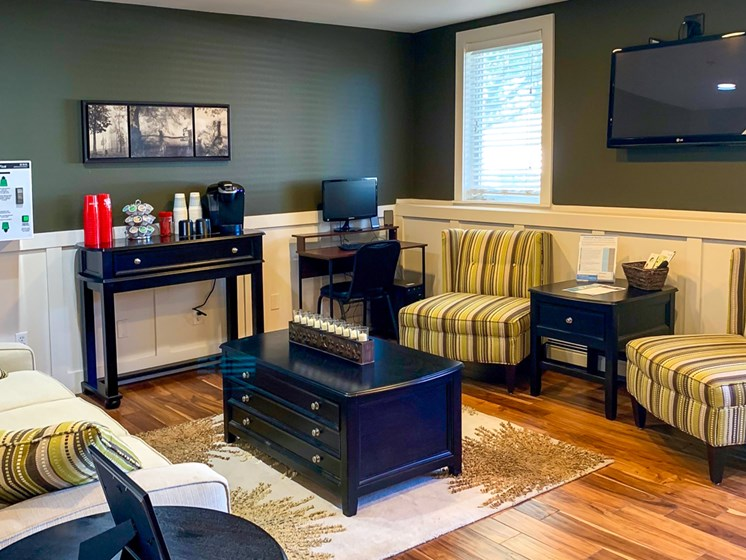 Coffee Bar at Crown Pointe Apartments in Holland, MI