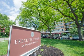 1920 Collingwood Boulevard Studio Apartment for Rent Photo Gallery 1