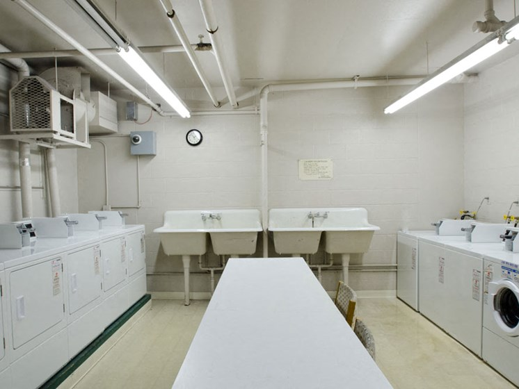 Apartments in Toledo On-site Laundry