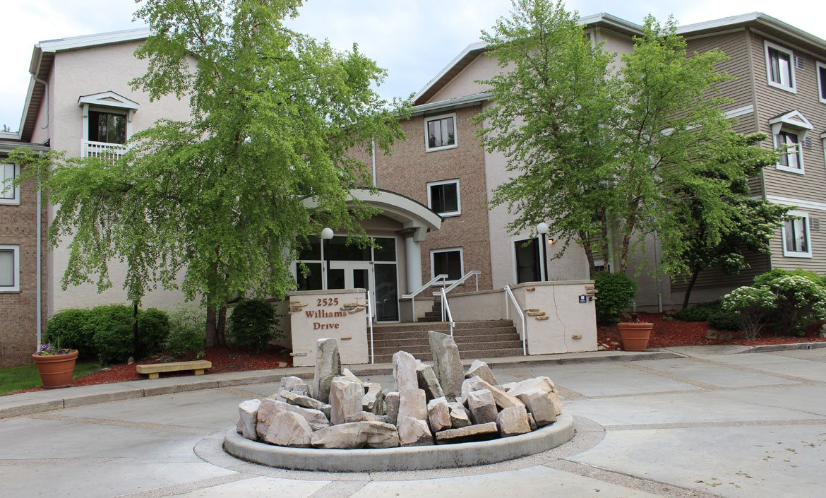 Front entrance at Stone Grove Apartments in Burnsville, Minnesota