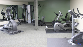 Apartments in Burnsville, MN with a fitness center
