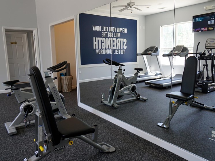 Onsite Fitness Center at Shoreline Landing Apartments in Muskegon, MI