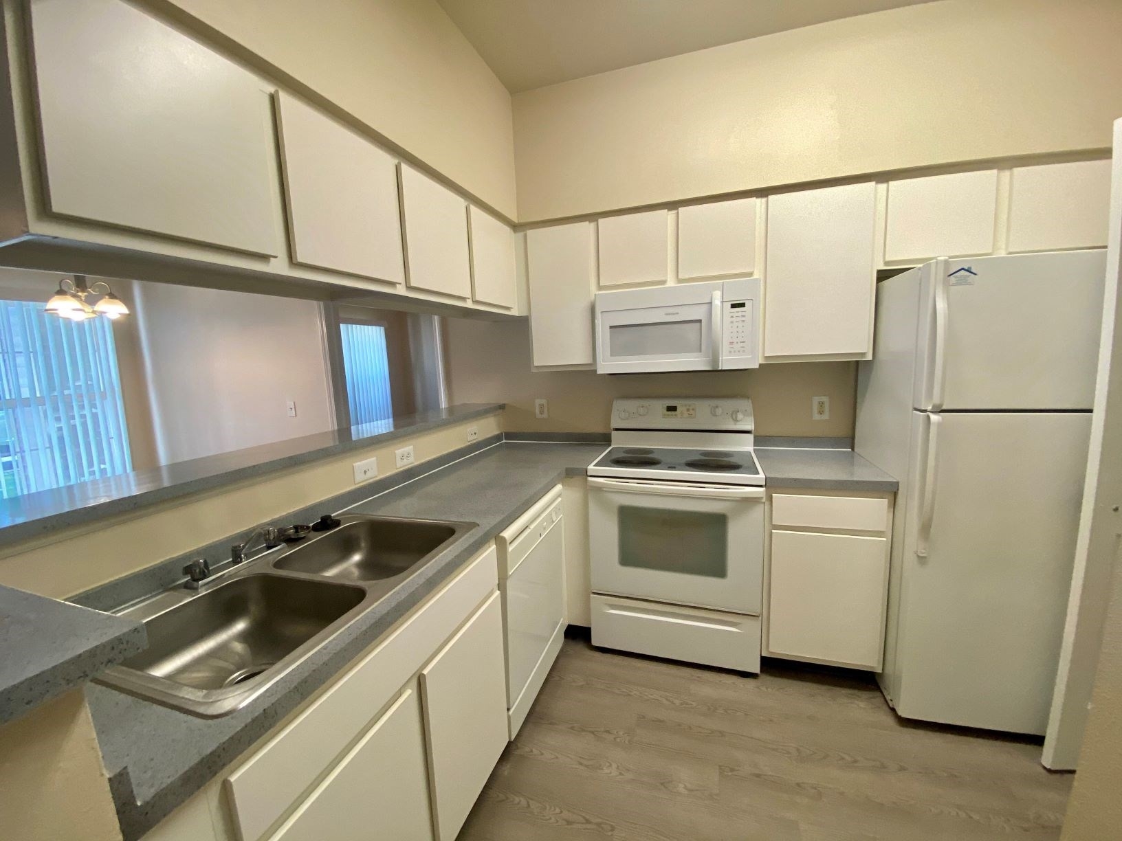 Apartments in Norton Shores Kitchen