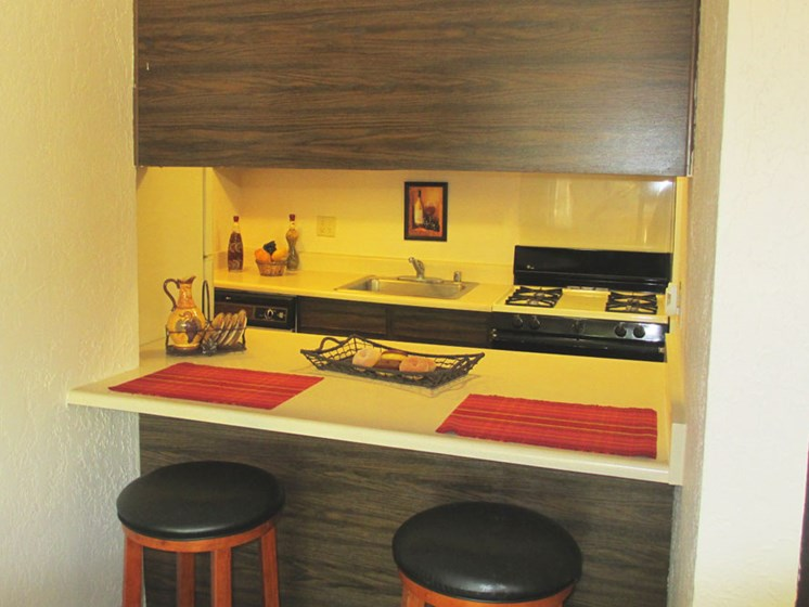 Breakfast Bar At Mission Hill Apartments In Albuquerque New Mexico