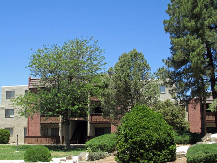 Well Maintained Exteriors At Mission Hill Apartments In Albuquerque New Mexico