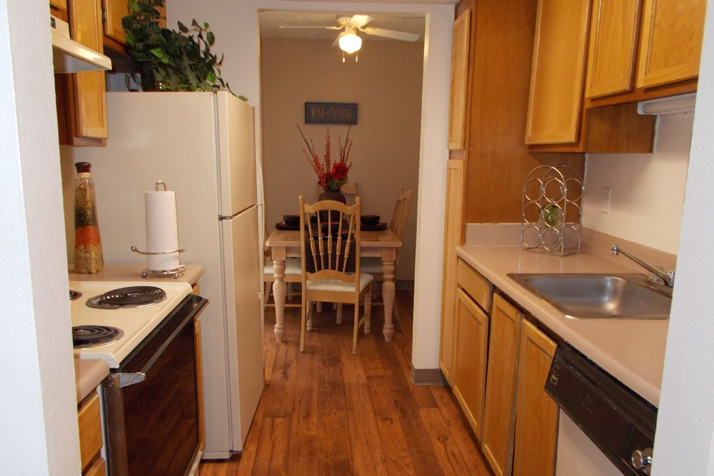 Apartment photos and videos mesa ridge in albuquerque nm for Hardwood floors albuquerque
