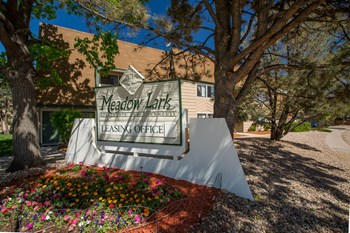 953 South Troy Street 1-3 Beds Apartment for Rent Photo Gallery 1