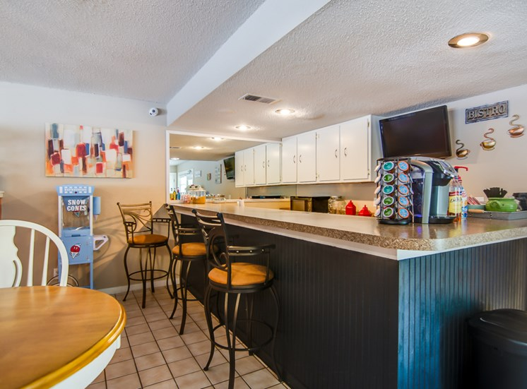 resident breakfast station at Knollwood Apartments in Kansas City, MO and in North Kansas City, MO