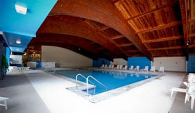 Indoor pool at Harbor Pointe Apartments in Milwaukee