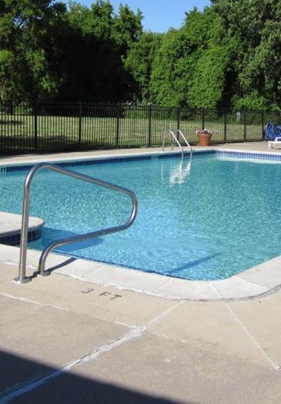 Apartments_with_pool