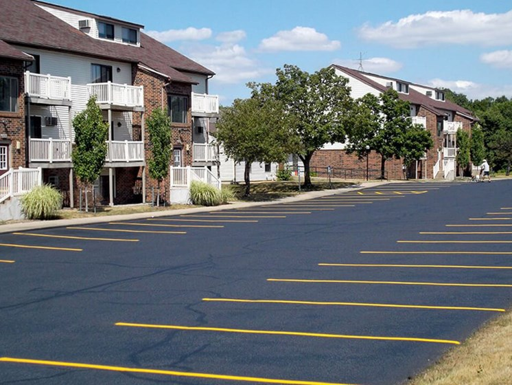 Guest Parking Apartments in Kentwood MI