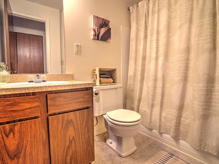 Large Bathrooms at Eastland Apartments in Kentwood MI
