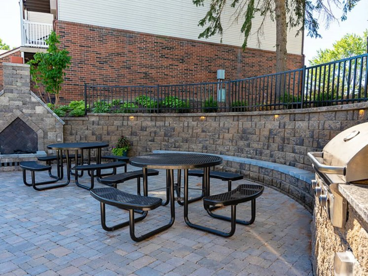Community Grill at Eastland Apartments in Southeast Grand Rapids MI