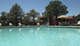 pool at Wyoming Place Apartments in Albuquerque