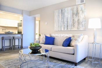 5222 Wyoming Boulevard NE 1-2 Beds Apartment for Rent Photo Gallery 1