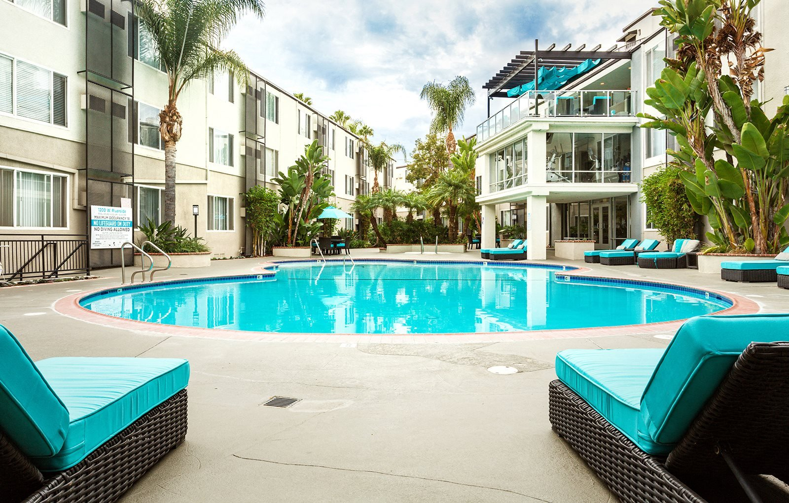 Apartments in Burbank, CA | 1200 Riverside | Leasing Now!