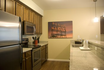 20221 AURORA AVE N Studio-3 Beds Apartment for Rent Photo Gallery 1