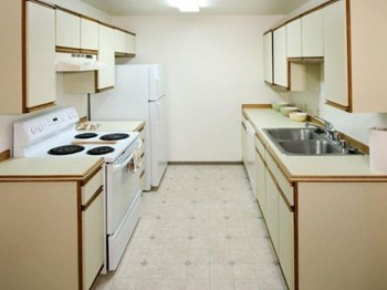 141 PATTERSON ST 2-3 Beds Apartment for Rent Photo Gallery 1