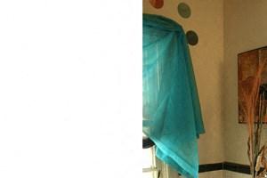 Englewood in Kenmore NY - Full Bathroom